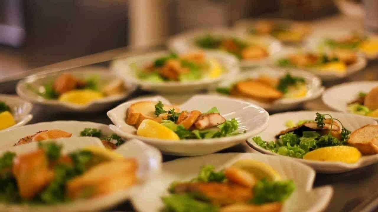 Dîner croisière : pourquoi faire confiance à ce dîner ?
